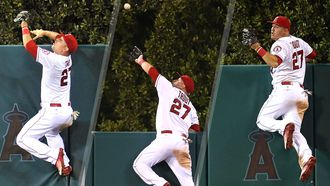 Angels win when Trout makes homer disappear, Freese hits walk-off HR